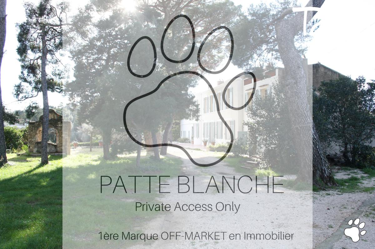 Propriété familiale proche du port de Cassis. - Cassis - PATTE BLANCHE 1ère Marque Off Markert en Immobilier - Cassis Familiale Charme proche port - TARDY IMMOBILIER
