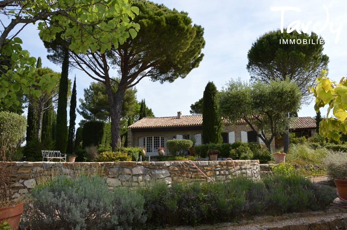 Prestige, charme, vignes et vue sur la mer - Le Castellet