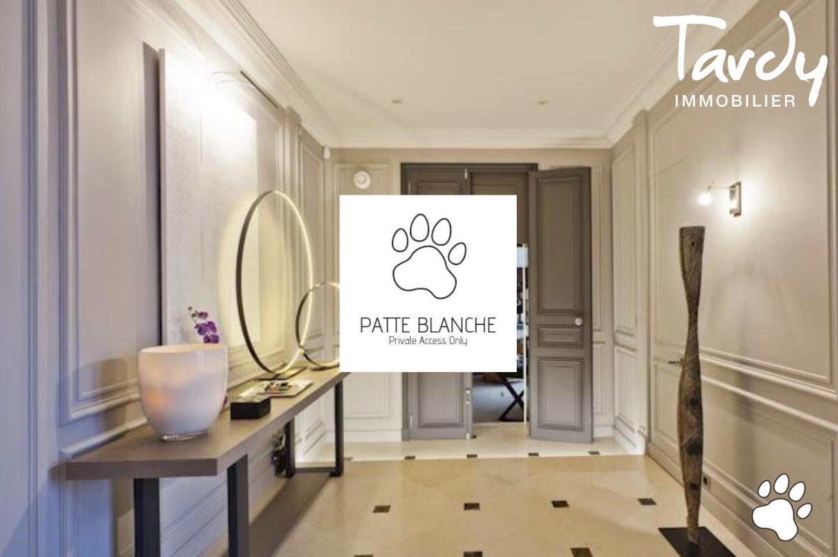 HOTEL PARTICULIER un bien PATTE BLANCHE 1ère Marque OFF MARKET en Immobilier  - Paris 16ème - PATTE BLANCHE - HOTEL PARTICULIER PARIS 16è - TARDY IMMOBILIER