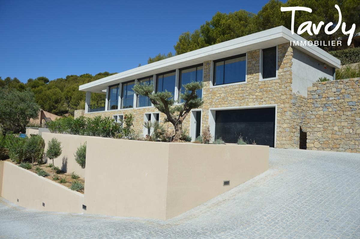 Architecture en pierre, vue mer - Les hauts de Bandol 83150 - Bandol