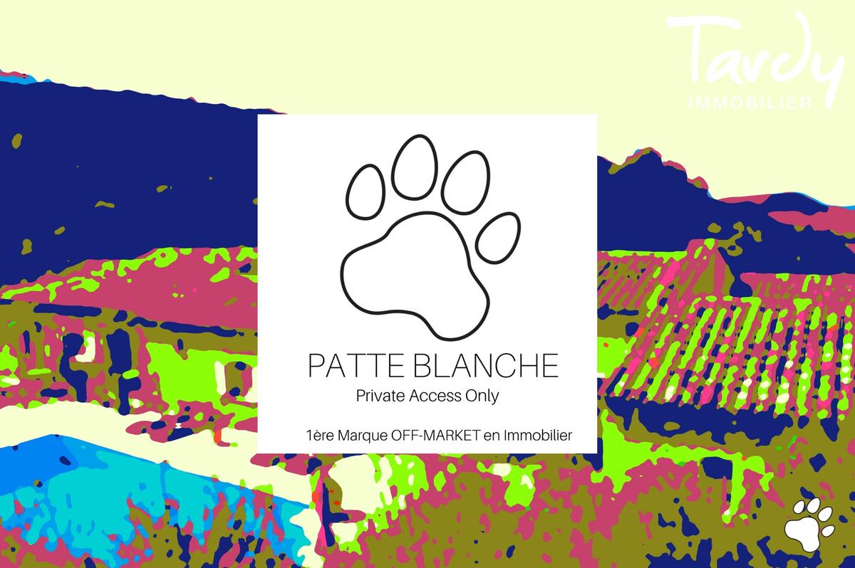 Longère provençale, le charme et la pierre -  83330 Le Castellet - Le Castellet - PATTE BLANCHE 1ère Marque OFF MARKET en IMMOBILIER - TARDY IMMOBILIER