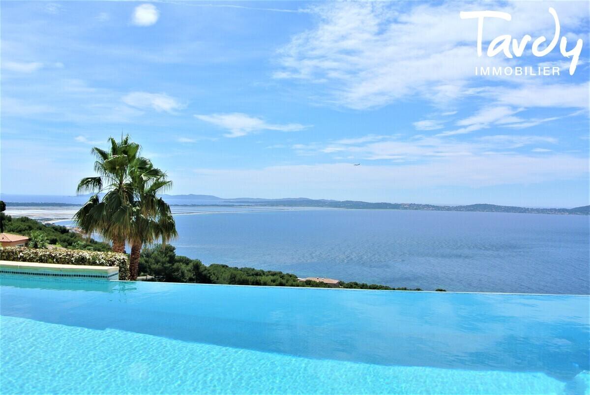 VILLA PROVENCALE VUE MER - Carqueiranne - Villa prestige