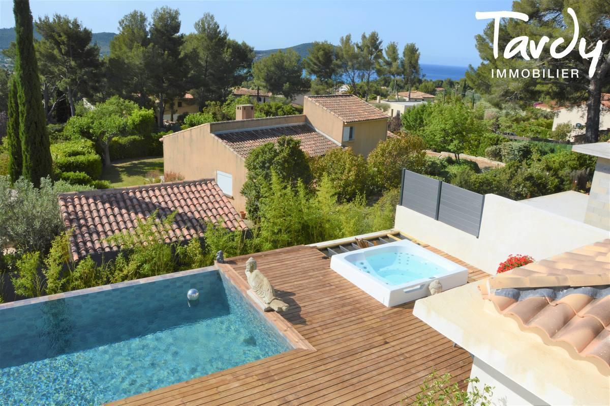 Contemporaine plage à pieds, vue mer - Les Lecques à Saint Cyr sur Mer - Saint-Cyr-sur-Mer - Villa vue mer 83270