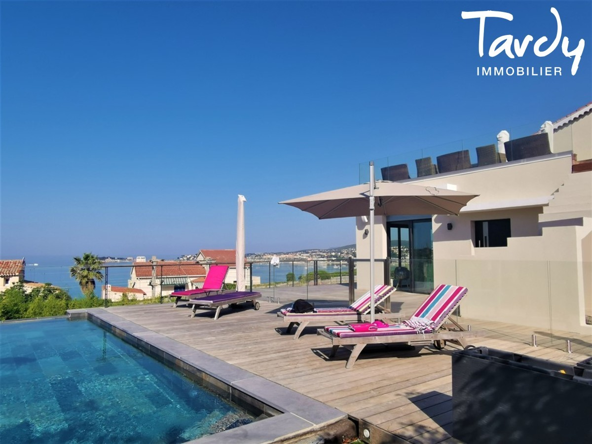 Villa contemporaine vue mer - Sanary sur Mer - Sanary-sur-Mer - Piscine vue mer Sanary