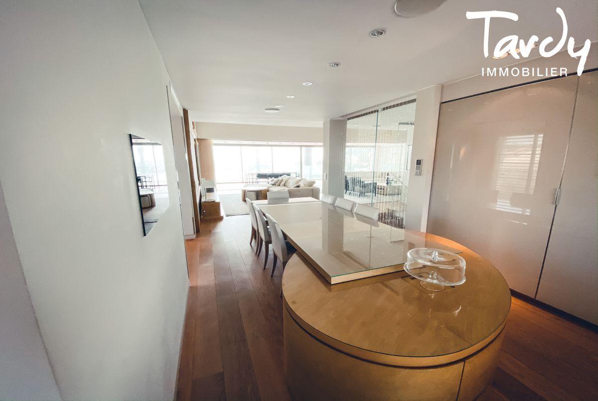 Villa d'architecte, vue mer et plage à pieds - La Capte 83400 HYÈRES - Hyères - Villa d'architecte