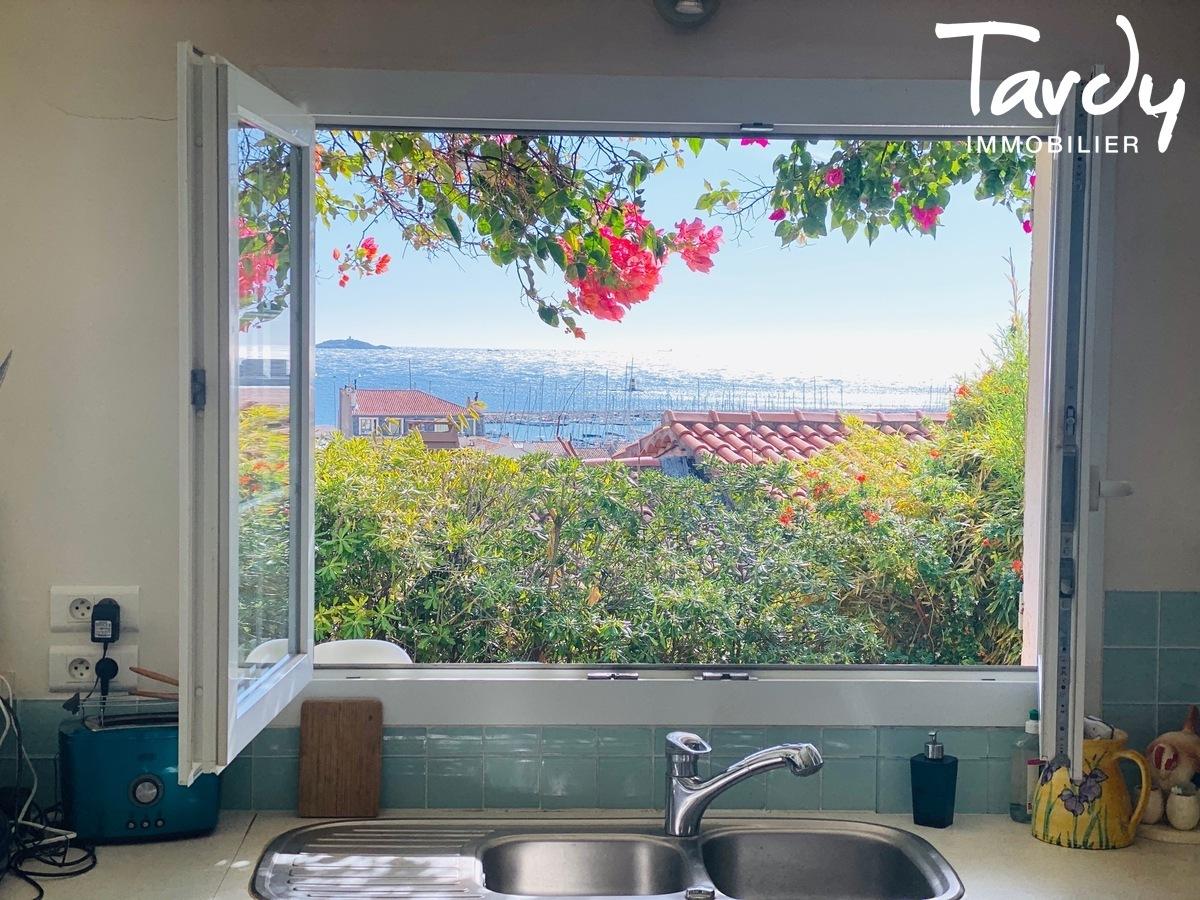 Pépite de charme - Vue mer - Bandol à pieds - Bandol - TARDY Immobilier Le Goût du Merveilleux