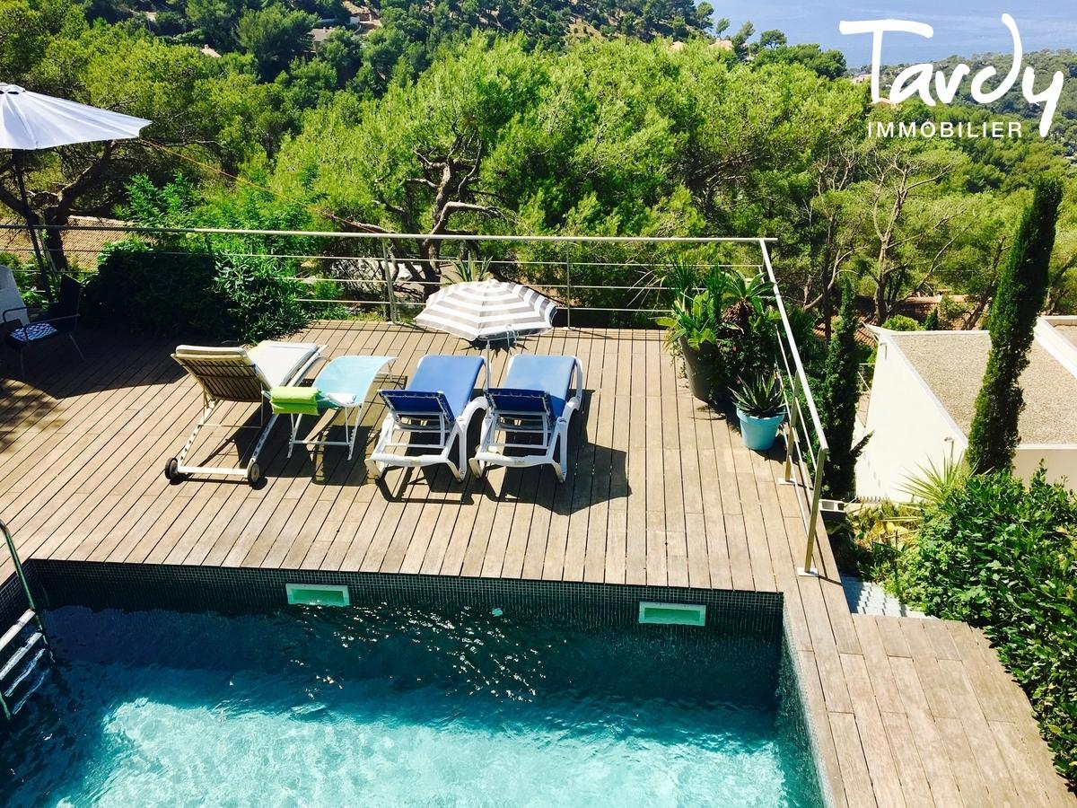 Villa d'architecte, domaine privé vue mer - La Californie 83320 Carqueiranne - Carqueiranne