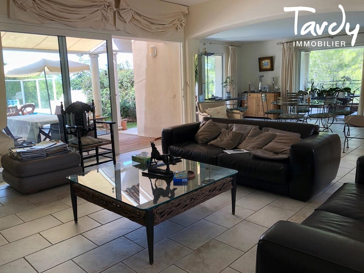 Villa de plain-pied proche Golf de La Frégate à La Cadière d'Azur. - La Cadière-d'Azur - LA CADIERE D'AZUR