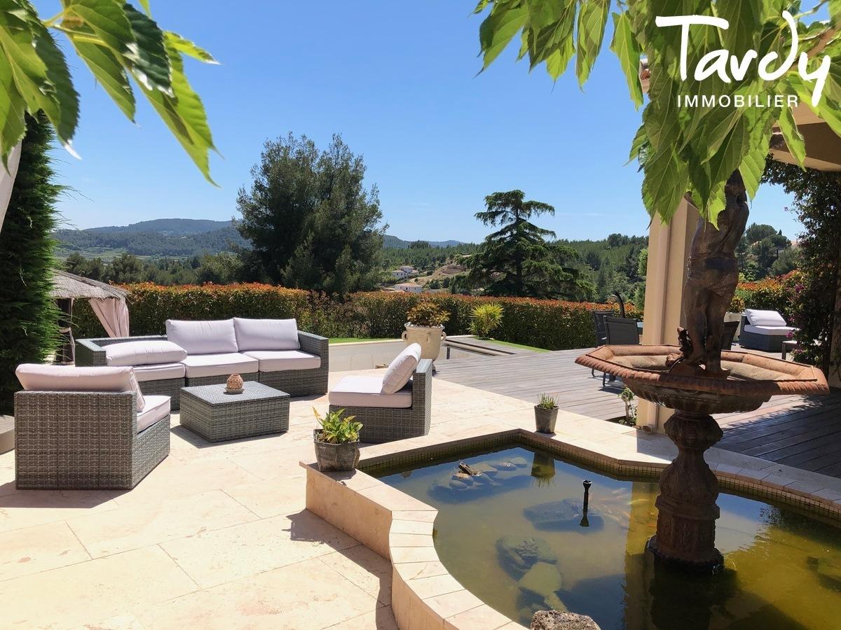 Villa de charme, vue dégagée - Les Luquettes 83740 La Cadière d'Azur - La Cadière-d'Azur - TARDY IMMOBILIER