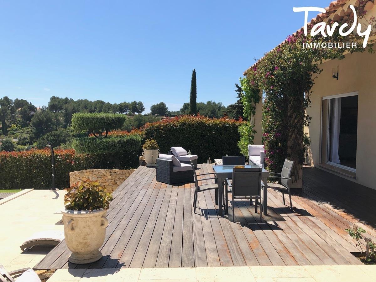 Villa vue dégagée vignes et village - Les Luquettes 83740 La Cadière d'Azur - La Cadière-d'Azur - CHARME CAMPAGNE