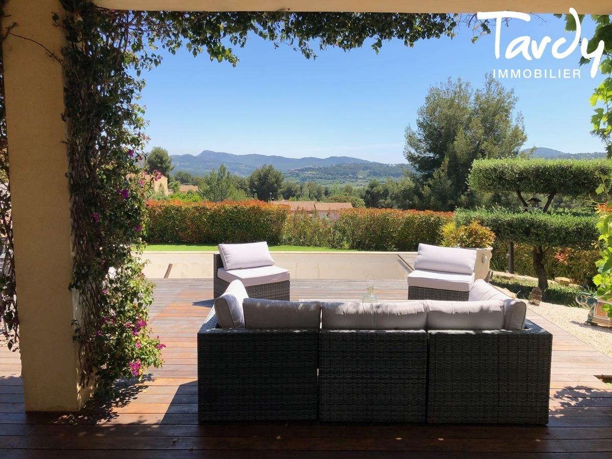 Villa vue dégagée vignes et village - Les Luquettes 83740 La Cadière d'Azur - La Cadière-d'Azur - PROPRIETE DE CARACTERE