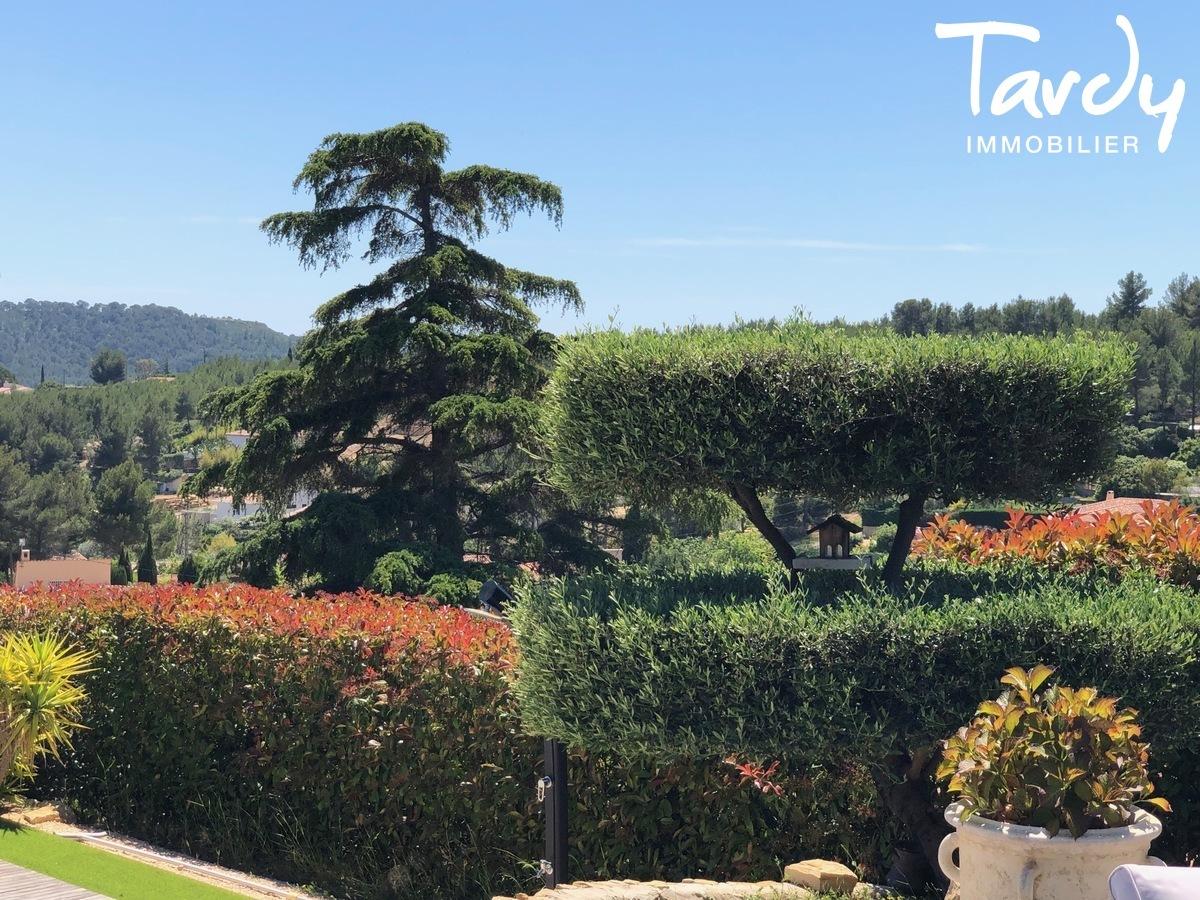 Villa vue dégagée vignes et village - Les Luquettes 83740 La Cadière d'Azur - La Cadière-d'Azur - BELLE CAMPAGNE