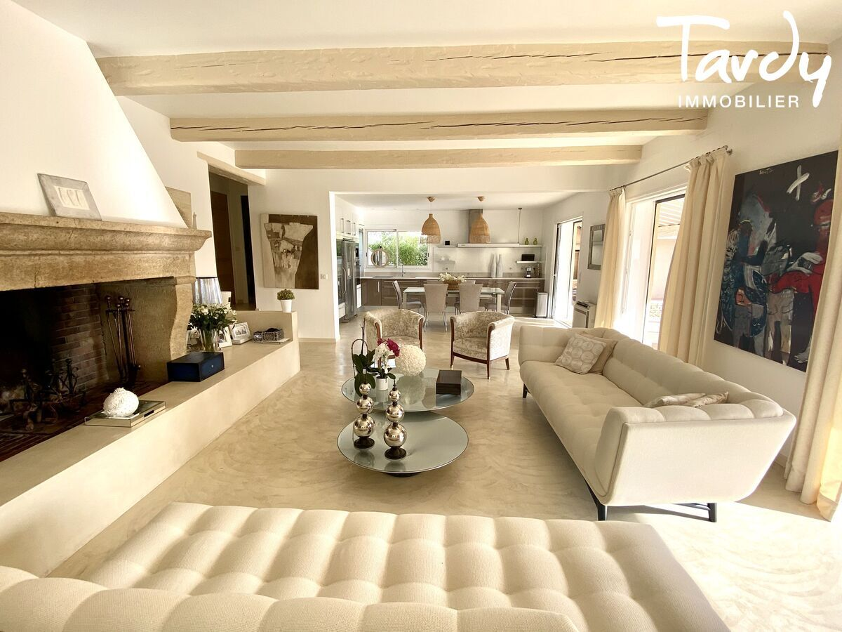 Villa chic charme les hauts de Bandol - Bandol