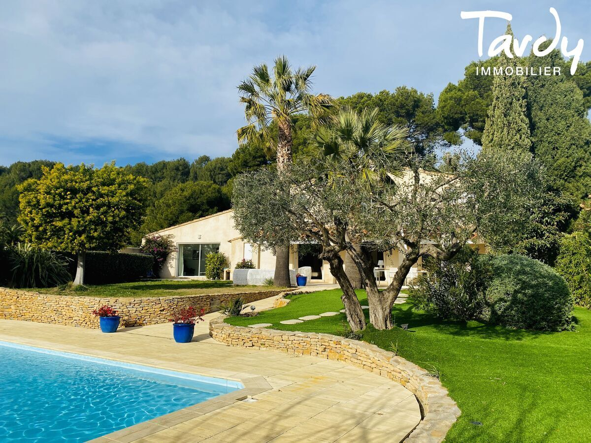 CHARME CHIC CONTEMPORAIN VUES MER ET COLLINES  - Bandol - Bandol Tardy Immobilier