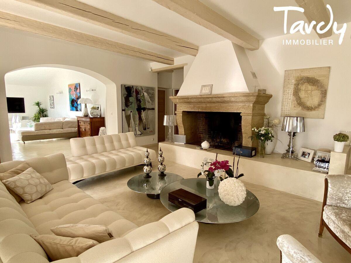 Villa chic charme les hauts de Bandol - Bandol - Tardy Exclusivité