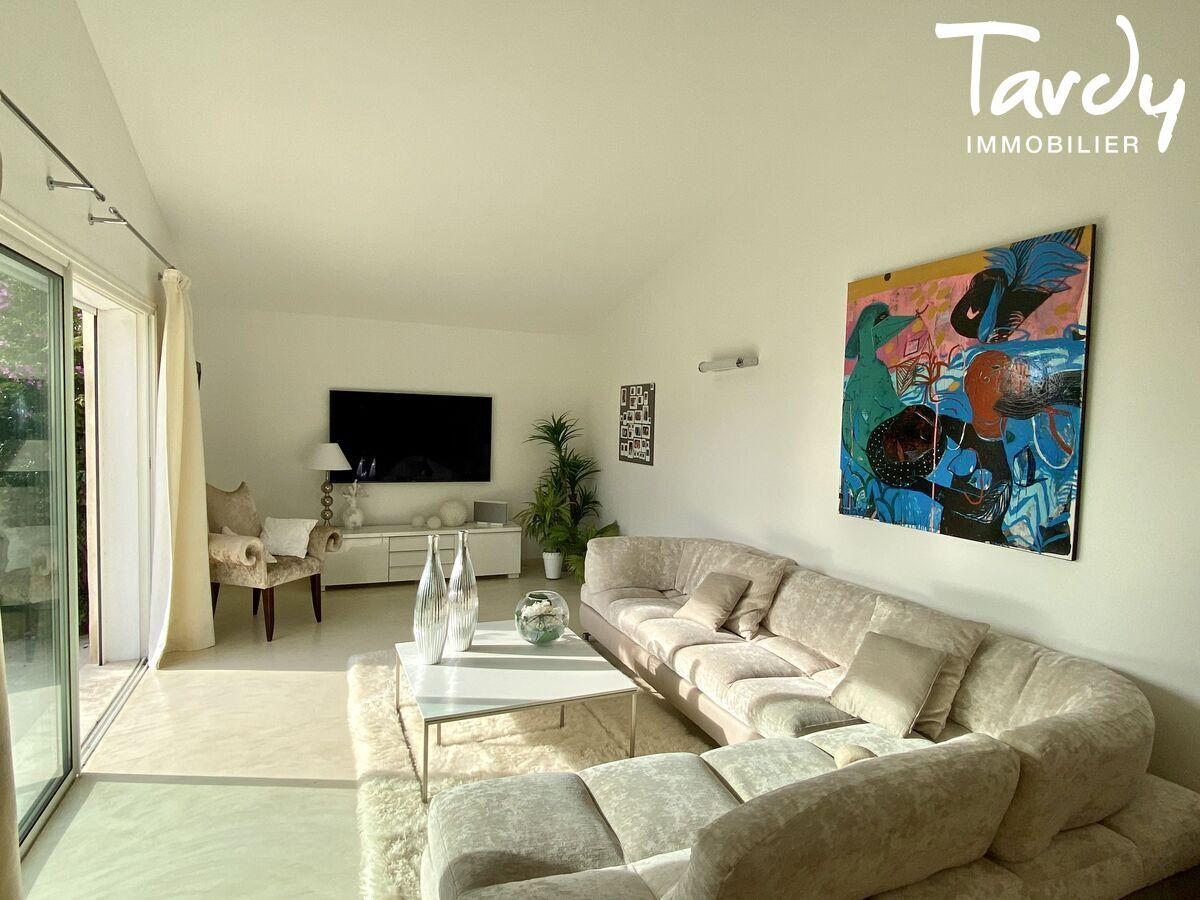 Villa chic charme les hauts de Bandol - Bandol - Exclusivité TARDY IMMOBILIER Bandol