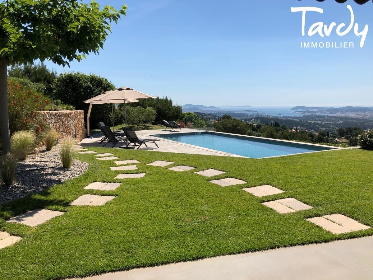 Villa d'architecte, vue mer panoramique - Le Lançon 83190 Ollioules - Ollioules - VILLA PRESTIGE