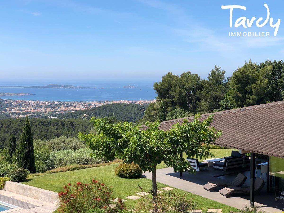 Villa d'architecte, vue mer panoramique - Le Lançon 83190 Ollioules - Ollioules - PROPRIETE DE CHARME