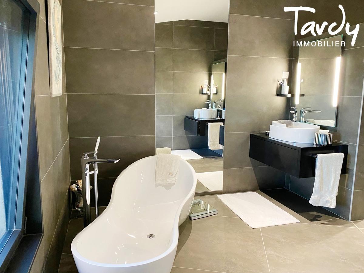 Villa d'architecte, vue mer panoramique - Le Lançon 83190 Ollioules - Ollioules - LUXE