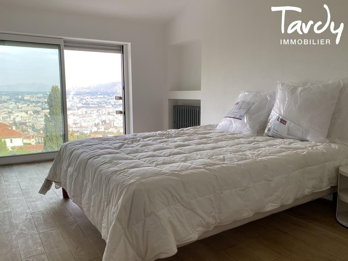 Villa contemporaine vue mer et ville - 13007 Marseille - Marseille 7ème
