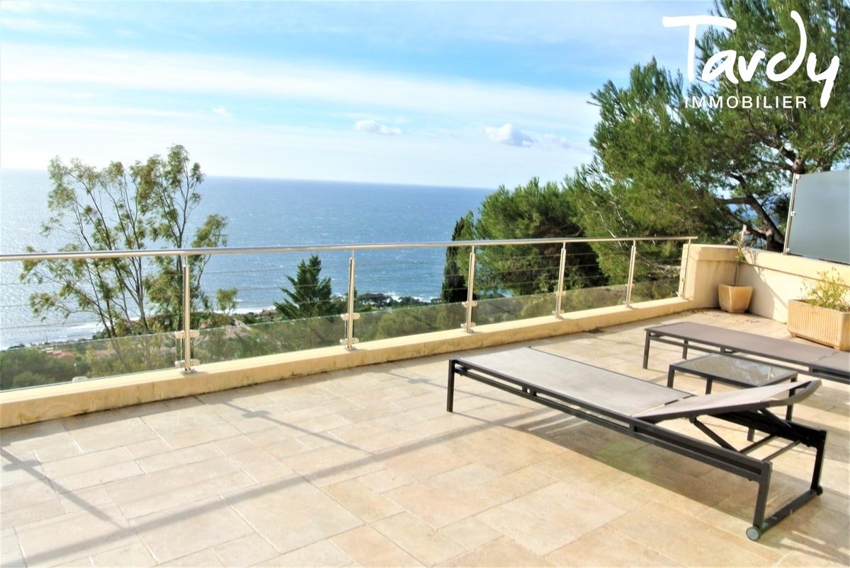 Villa provençale, domaine privé vue mer - Le Mont des Oiseaux 83320 Carqueiranne - Carqueiranne - Vue Presqu'île de Giens