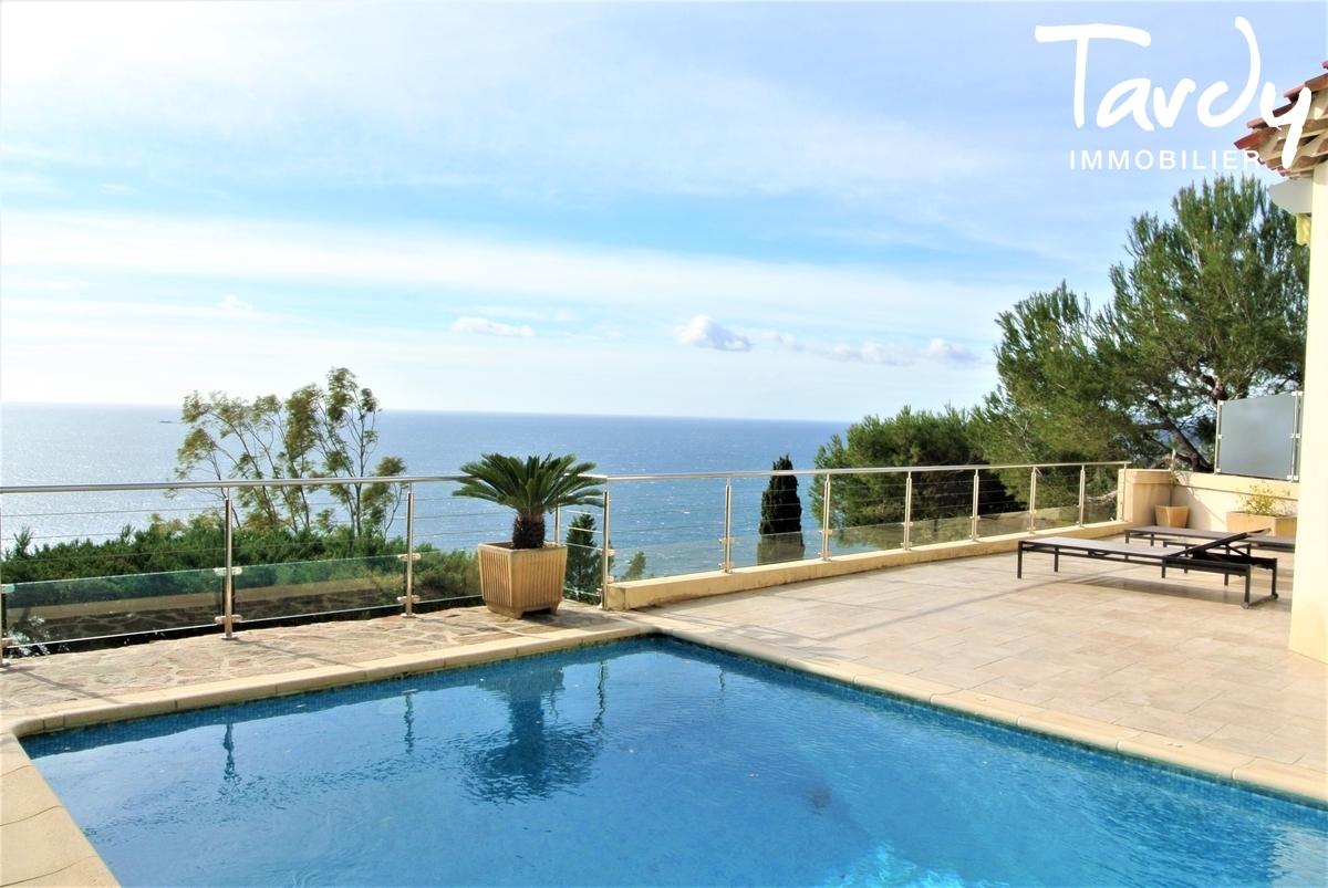 Villa provençale, domaine privé vue mer - Le Mont des Oiseaux 83320 Carqueiranne - Carqueiranne - Vue mer Carqueiranne