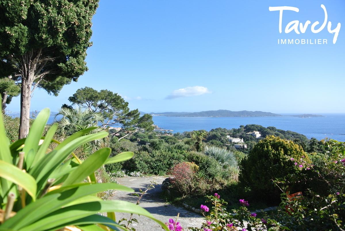 Villa position dominante, vue mer à 180° - La Polynésie 83400 Hyères  - Hyères - Vue mer Giens