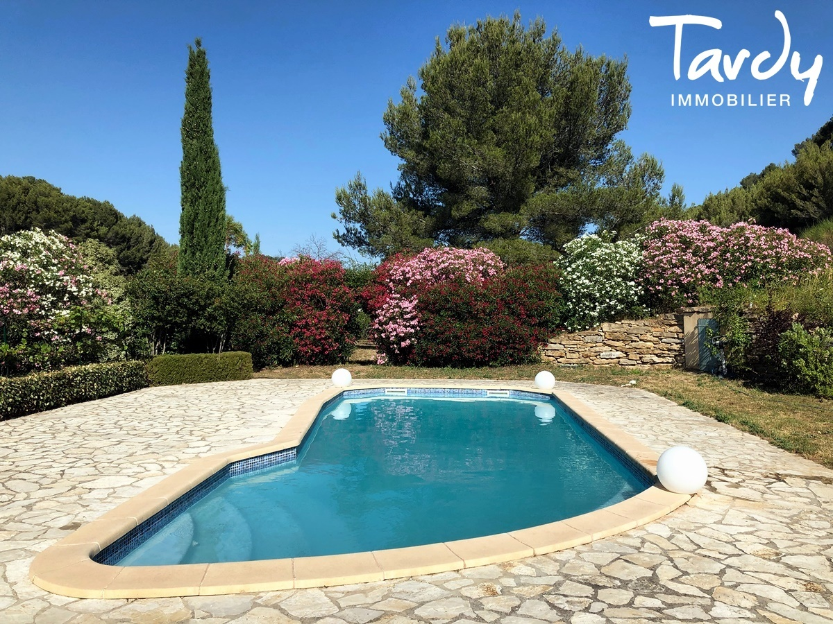 Villa familiale, proche Golf de La Frégate - 83740 La Cadière d'Azur - La Cadière-d'Azur - VILLA CADRE CAMPAGNE