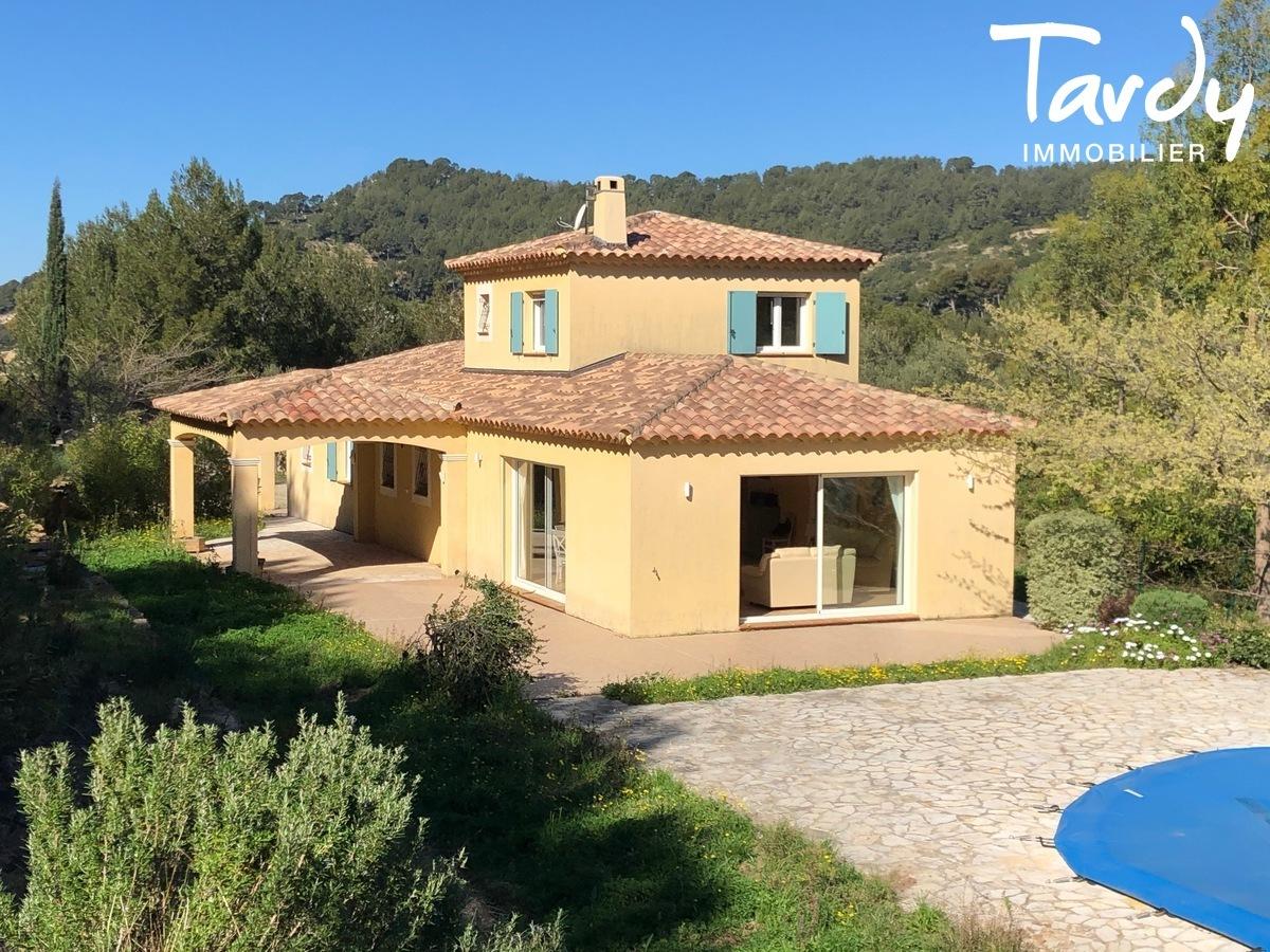 Villa familiale, proche Golf de La Frégate - 83740 La Cadière d'Azur - La Cadière-d'Azur - PROPRIETE CADRE CAMPAGNE