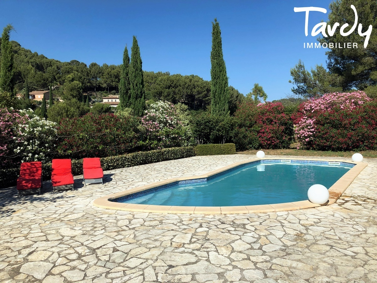 Villa familiale, proche Golf de La Frégate - 83740 La Cadière d'Azur - La Cadière-d'Azur - VILLA DE CHARME