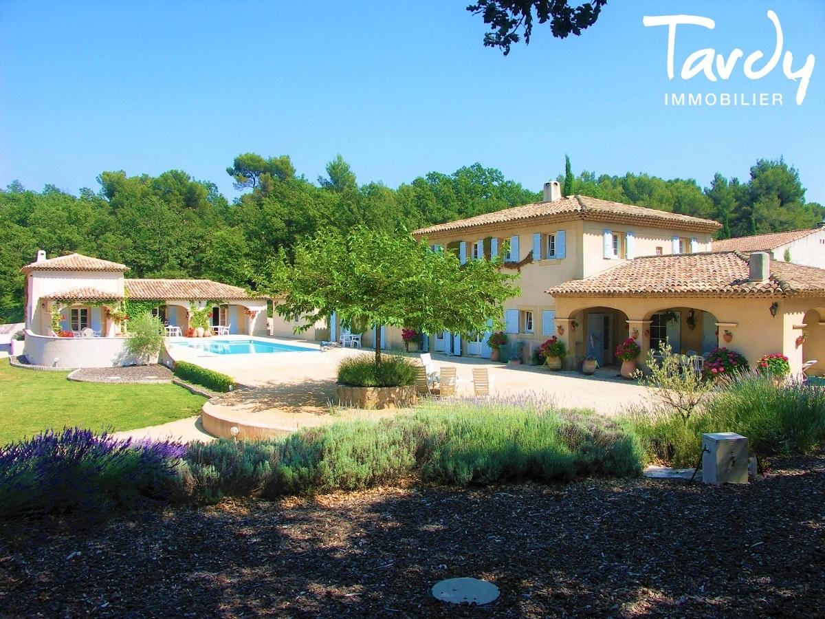 Maison de charme avec dépendances - Vue Sainte Victoire - Proche 13100 Aix en Provence - Aix-en-Provence