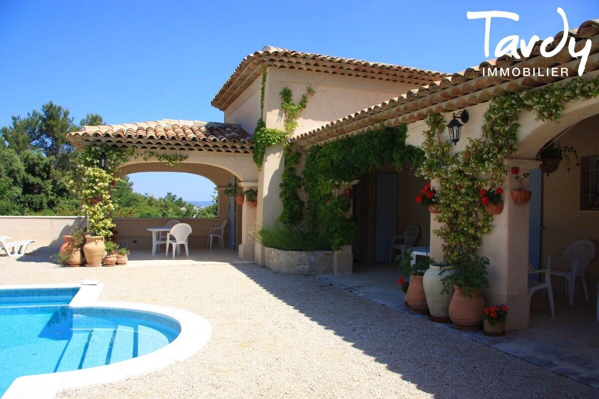 Maison avec dépendances - Vue Sainte Victoire - Proche 13100 Aix en Provence - Aix-en-Provence
