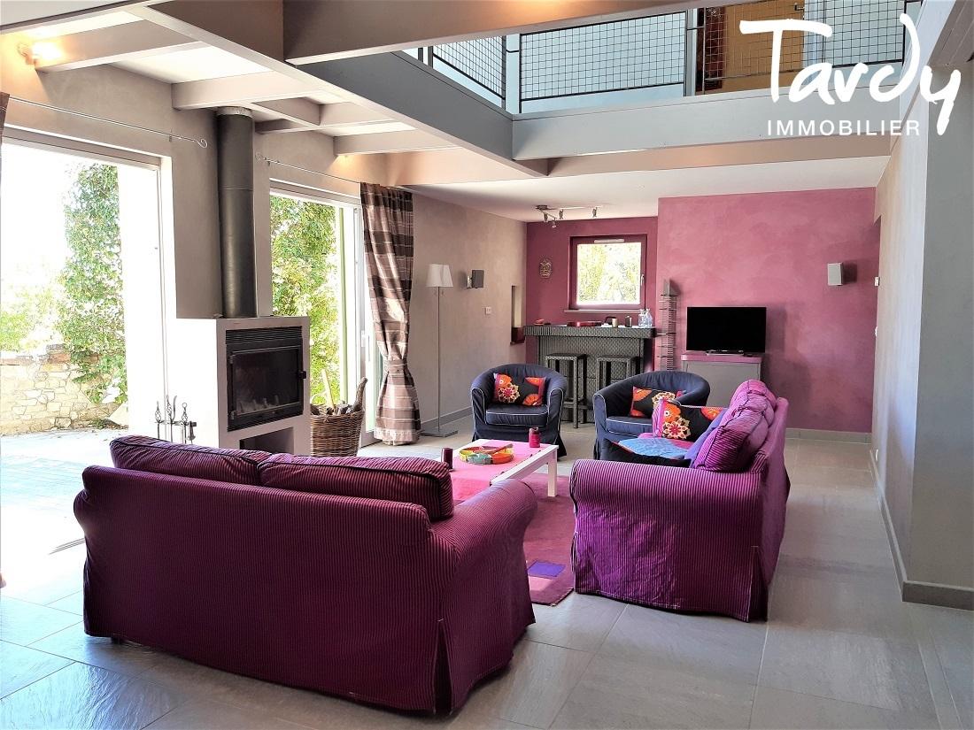 Belles Maison avec vue dominante sur le Luberon - Bonnieux