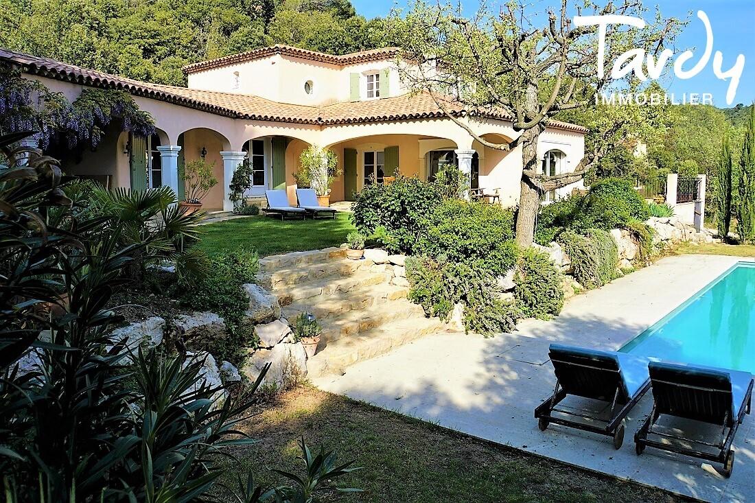 SUPERBE MAISON AVEC VUE PANORAMIQUE SAINTE VICTOIRE - Aix-en-Provence