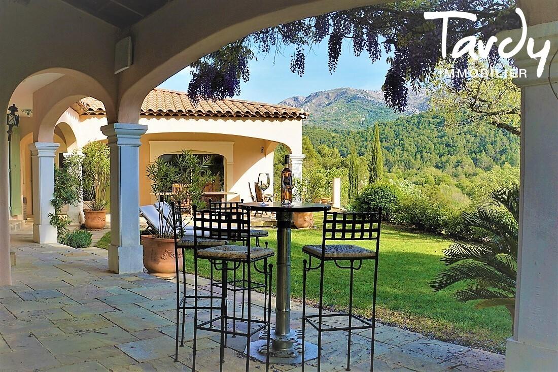 Villa de caractère - Aix-en-Provence 13100