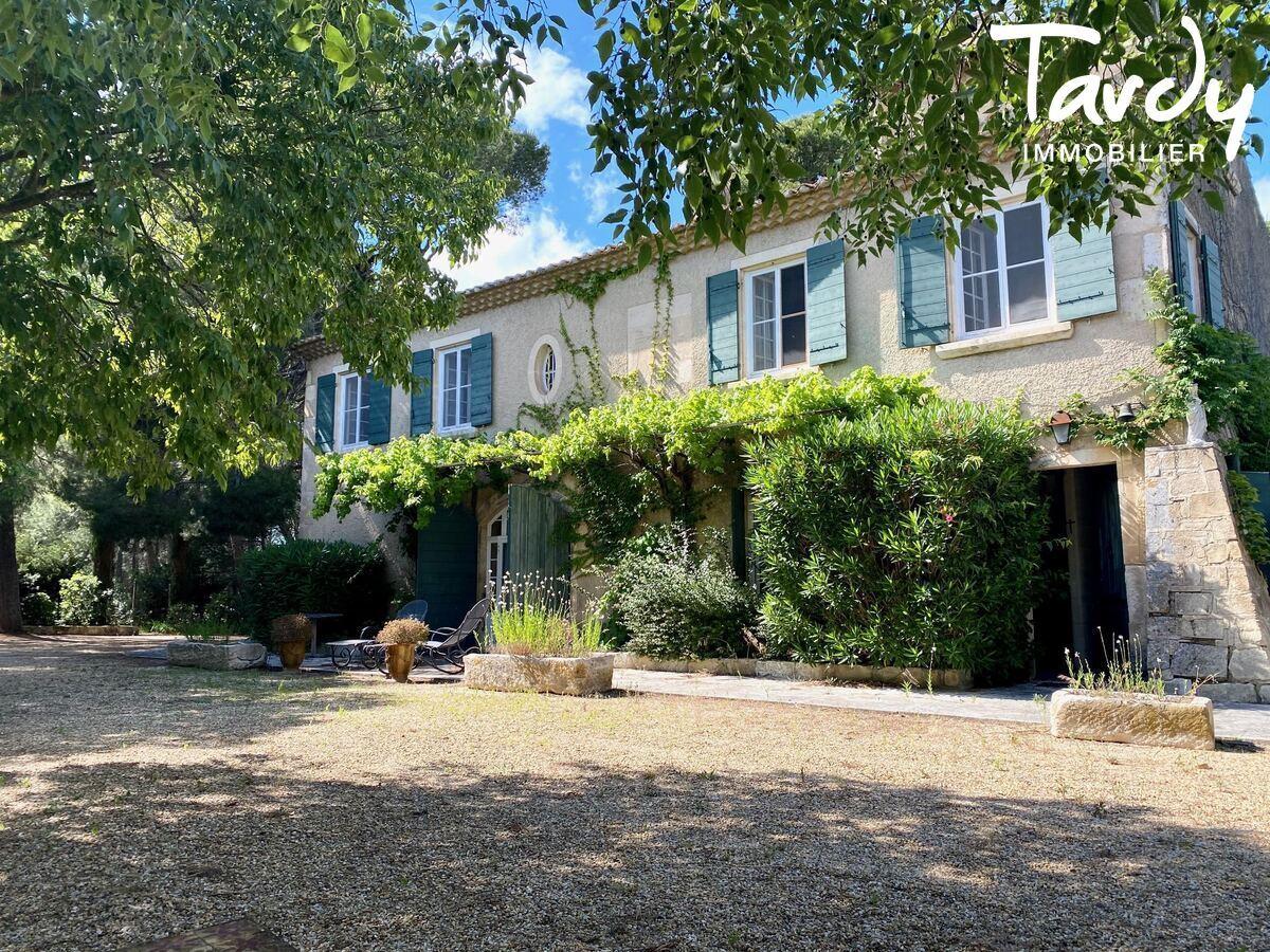 SUPERBE MAS AUTHENTIQUE LE PARADOU - Les Baux-de-Provence