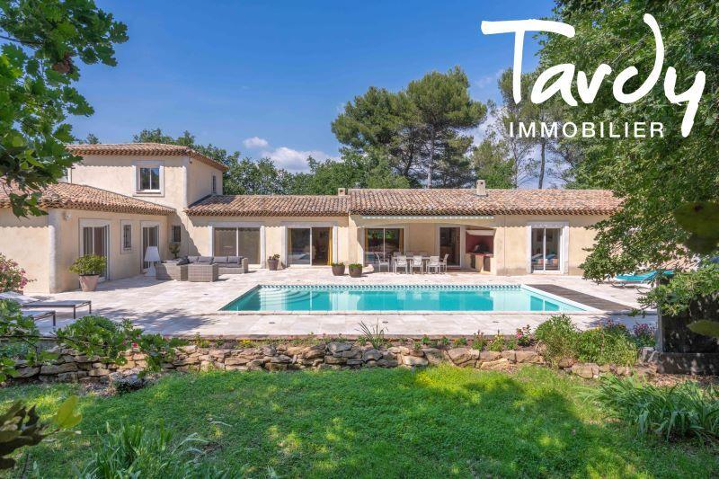 Propriété Familiale Quasi de Plain pied 4 chambres environnement calme et préservé au sud est d'Aix en provence - Aix-en-Provence