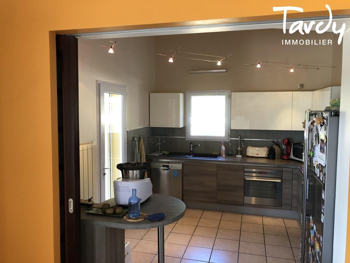 Propriété familiale, possibilité 2 villas - Les Lauves 83740 La Cadière d'Azur - La Cadière-d'Azur - PATTE BLANCHE 1ère MARQUE OFF-MARKET EN IMMOBILIER