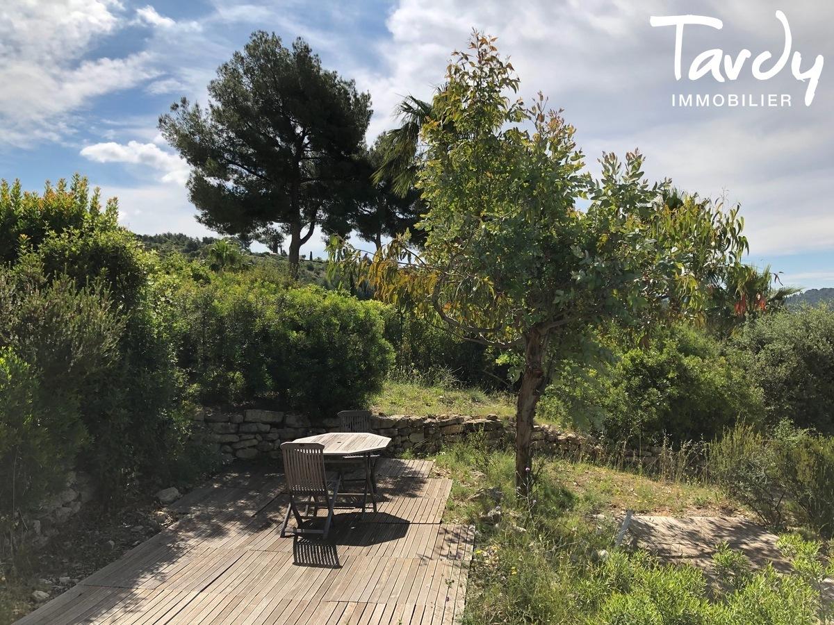 Propriété familiale, possibilité 2 villas - Les Lauves 83740 La Cadière d'Azur - La Cadière-d'Azur - CADRE CAMPAGNE