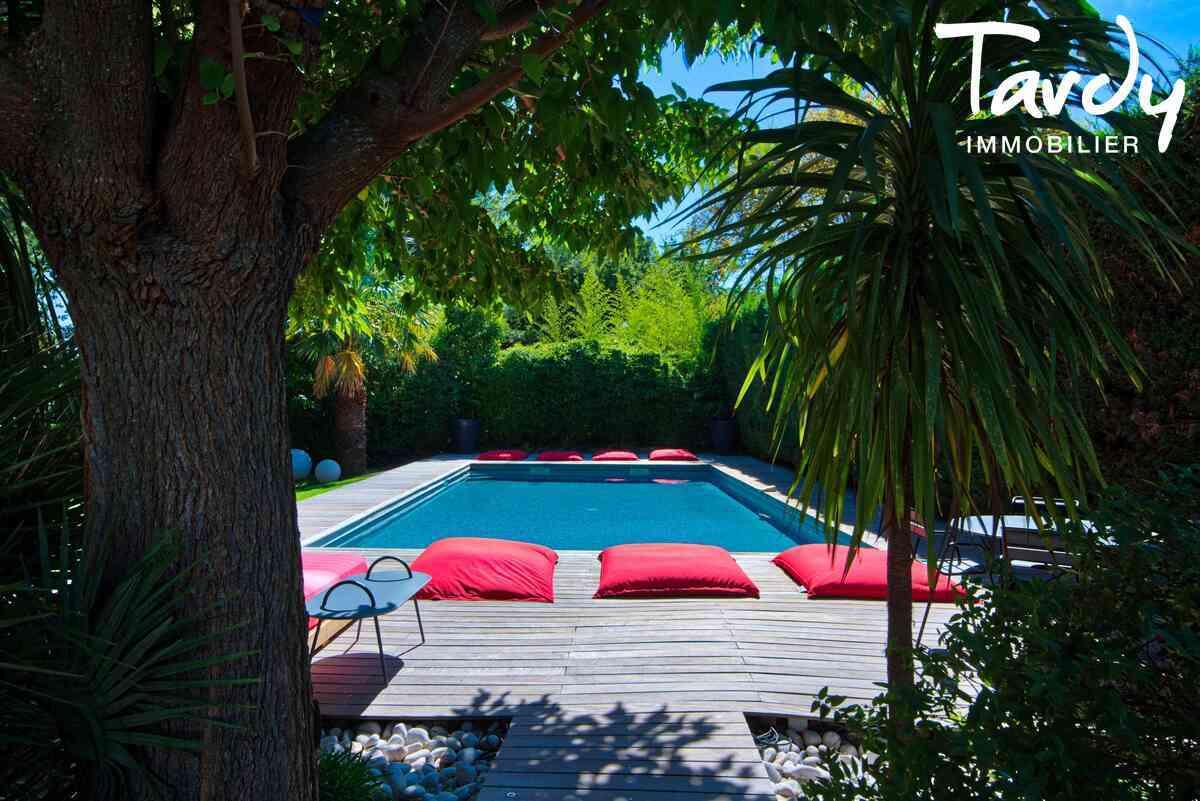 Belle Bastide  rénovée- Charme et Contemporain -  proche centre ville - AIX EN PROVENCE 13100 - Aix-en-Provence