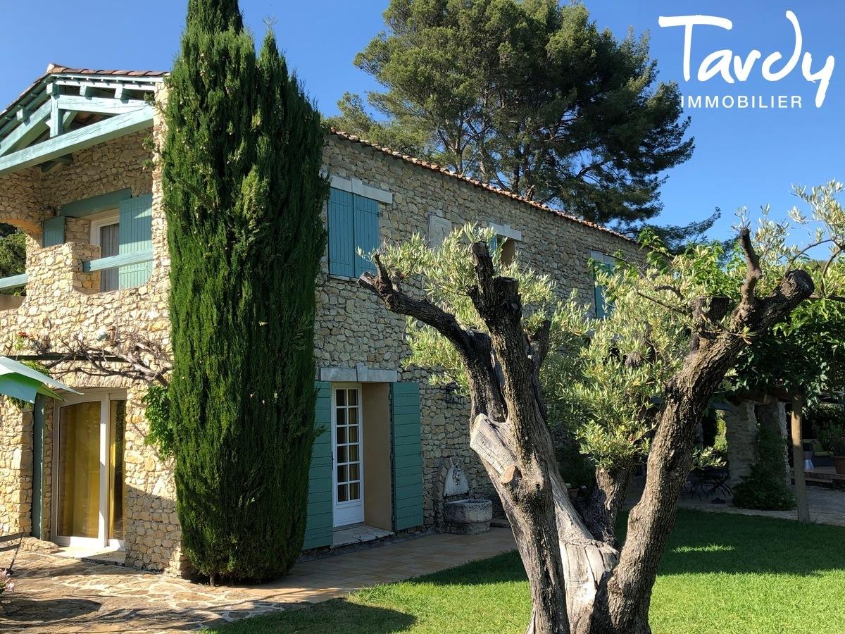 Mas Provençal entre vignes et collines Le Castellet - Le Castellet