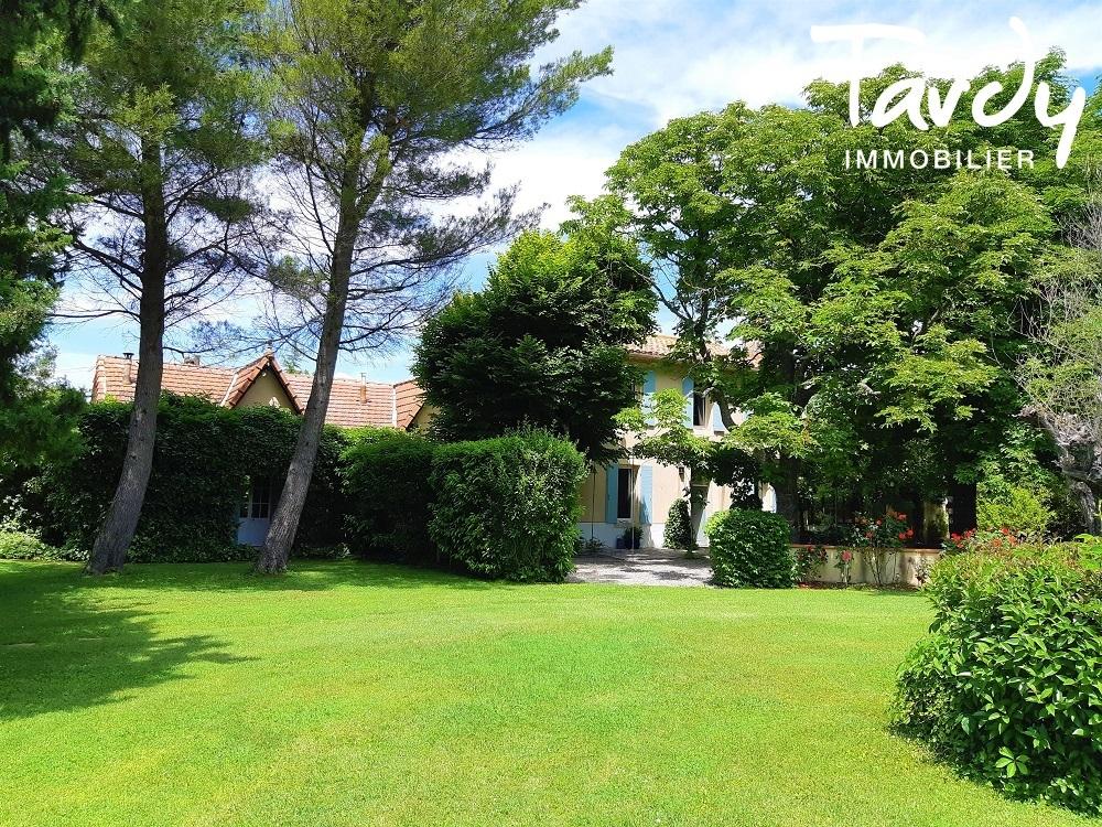 BASTIDE 18è RENOVEE A 10 MN D'AIX EN PROVENCE - Aix-en-Provence
