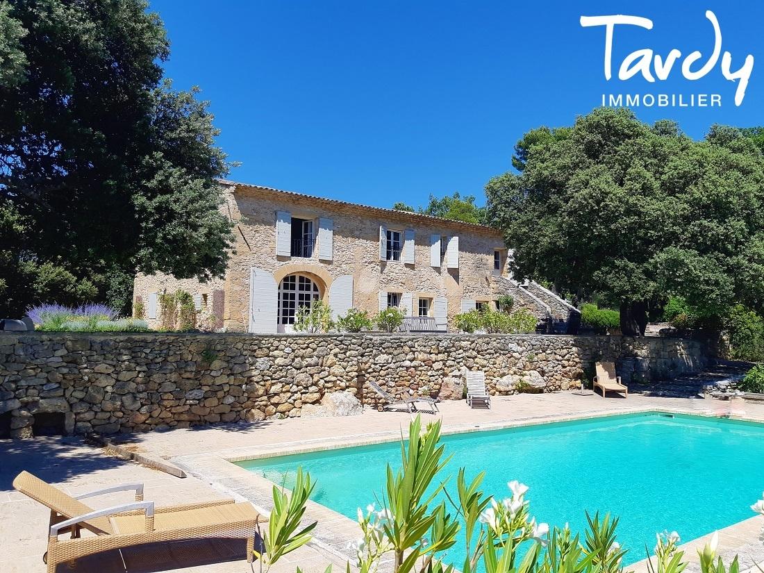 Mas en pierre de caractère du 18è sur 9,4 hectares - Environnement exceptionnel - Proche 13100 Aix en Provence - Aix-en-Provence