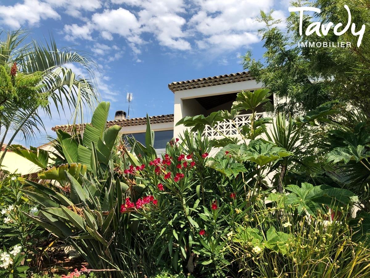 Villa contemporaine à 3 min. à pieds de la plage d'Arène Cros à La Ciotat - La Ciotat - PATTE BLANCHE