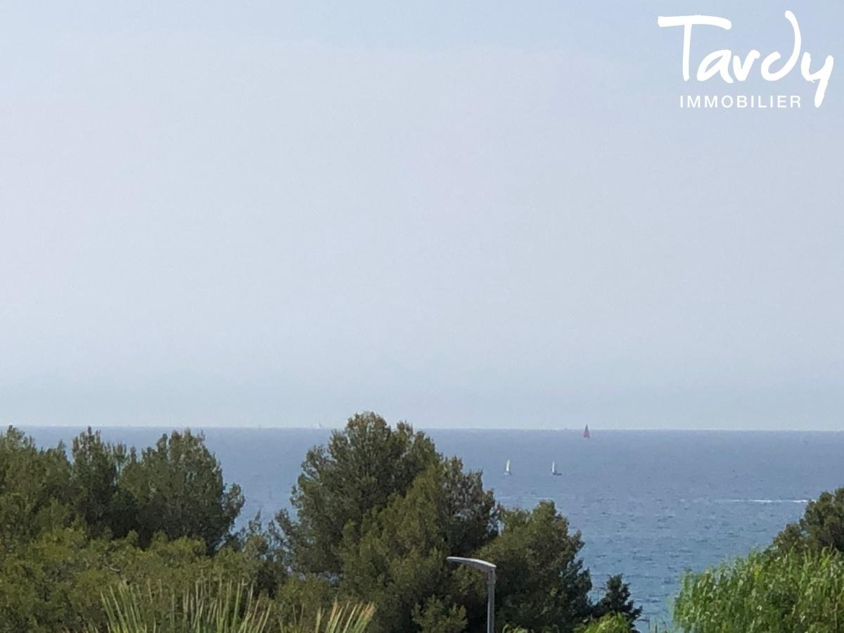 Villa contemporaine à 3 min. à pieds de la plage d'Arène Cros à La Ciotat - La Ciotat - TARDY IMMOBILIER