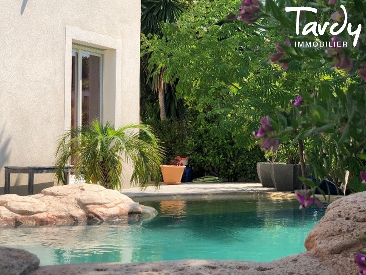 Villa contemporaine à 3 min. à pieds de la plage d'Arène Cros à La Ciotat - La Ciotat - PATTE BLANCHE TARDY IMMOBILIER