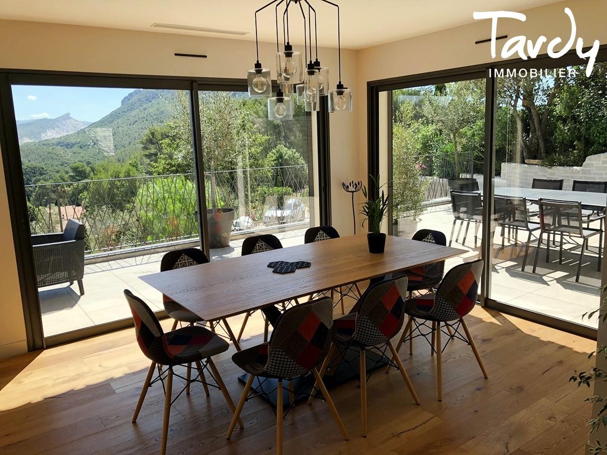 Villa contemporaine, vue dégagée vignes et collines - 83150 Bandol - Bandol - CONTEMPORAINE BANDOL