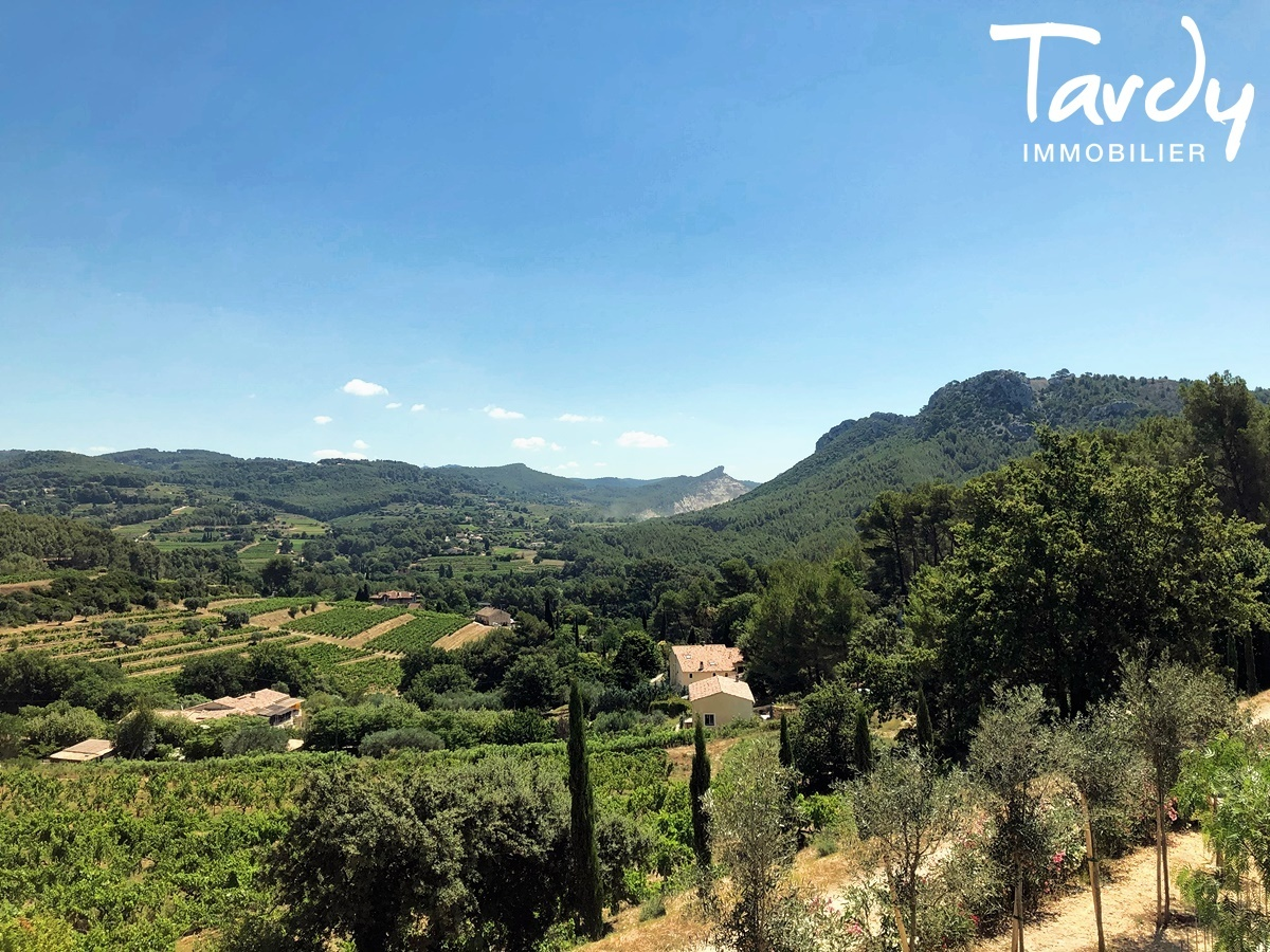 Villa contemporaine vue dégagée campagne à La Cadière d'Azur - La Cadière-d'Azur - NOUVEAUTE TARDY IMMOBILIER