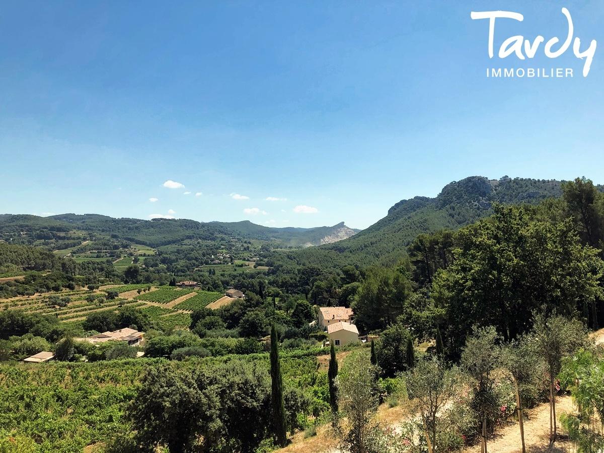 Villa contemporaine, vue dégagée campagne - 83740 La Cadière d'Azur - La Cadière-d'Azur - VUE CAMPAGNE
