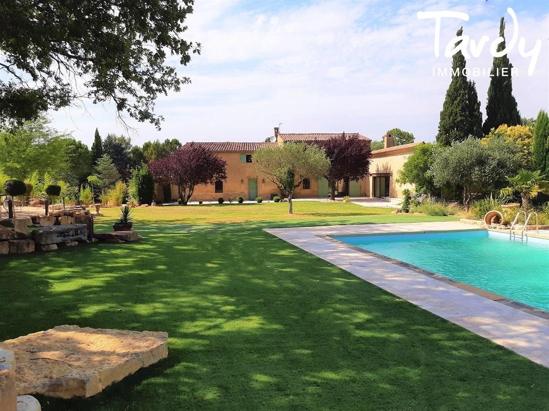 Beau Mas ancien restauré 40 mn Aix en Provence - 83470 St Maximin - Saint-Maximin-la-Sainte-Baume